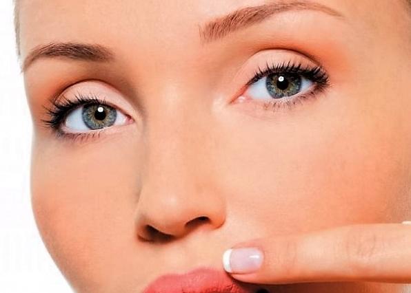 удалить волосы на лице можно в салоне за 4-5 процедур
