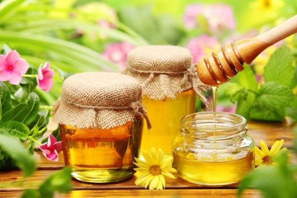 мед подходит для любого типа кожи лица