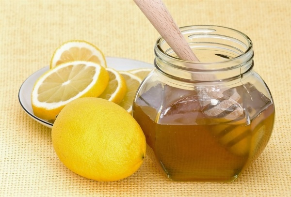 лимонная маска с лимоном